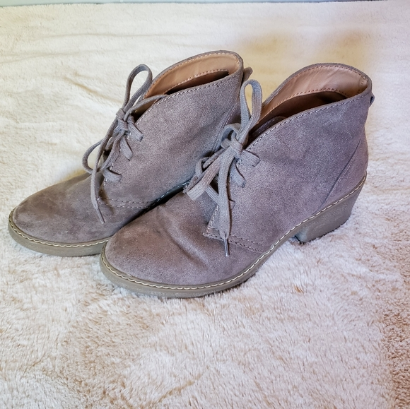 Target Shoes - *LIKE NEW* Tie Up Booties